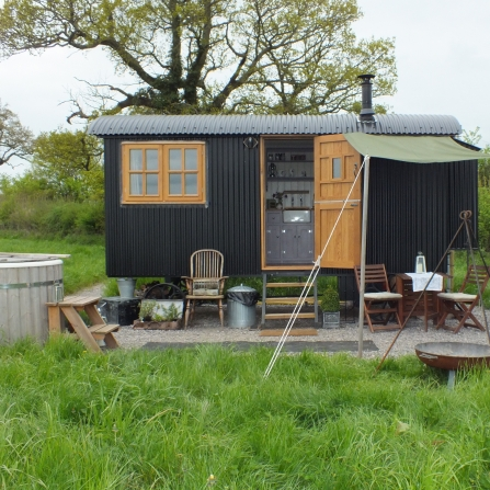 Farmstead Glamping 1